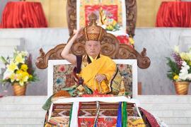 """Those of Supreme Fortune"": His Eminence Goshir Gyaltsab Rinpoche Offers the Red Crown Ceremony and Confers an Amitayus Empowerment"