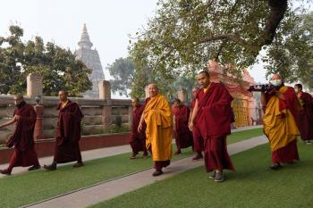 HE Zurmang Gharwang Rinpoche at the Mahabodhi Stupa